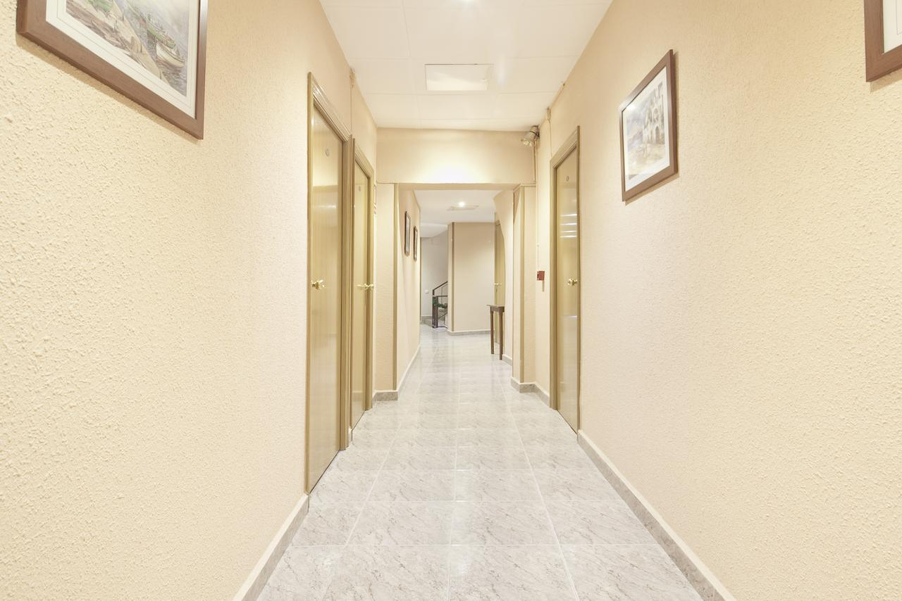 Galería de fotos: Imagen del pasillo donde se encuentran las habitaciones del Hotel Fornos de Barcelona